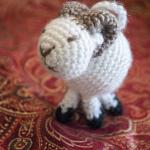 Jesse Tree Crochet Advent Calendar – 7 – Ram Amigurumi by Crochet Kitten