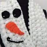 Snowman Infinity Scarf by Kim Guzman of CrochetKim