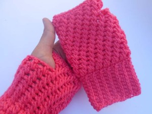 Mesh Stitch Gloves by aamragul of Crochet/Crosia Home