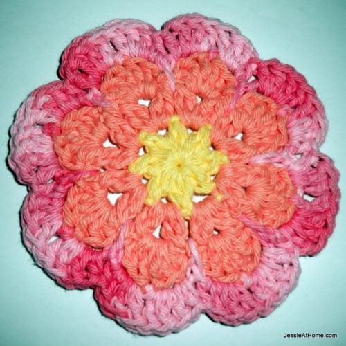 Large Flat Flower Motif/Coaster ~ FREE Crochet Pattern