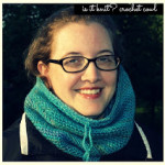 Is It Knit? Basic Crochet Cowl by Oombawka Design