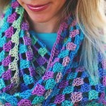 Lily's Sweetheart Cowl by Celina Lane of Simply Collectible