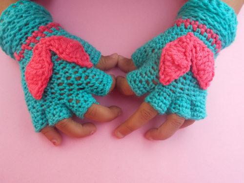 Children Fingerless Gloves Free Crochet Pattern