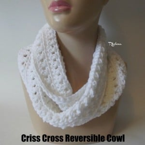 Criss Cross Reversible Cowl by Rhelena of CrochetN'Crafts