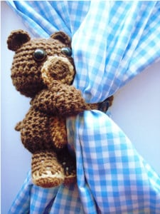 Curtain Hugging Crochet Bear by Stitch11 for Stitch & Unwind