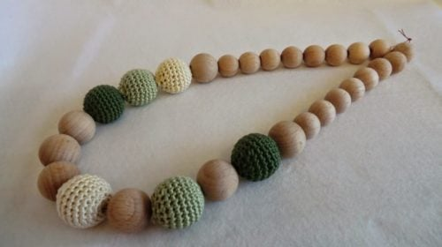 Crochet Covered Beads Necklace ~ FREE Crochet Pattern