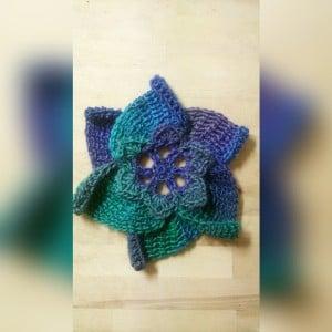 Unforgettable Lotus Motif by Nicole Cormier/Tunisian Crochet Chick