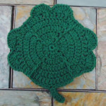 Clover Dishcloth by Aurora Suominen of DragonFlyMomof2 Designs