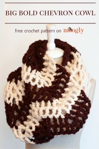 Big Bold Chevron Cowl by Moogly