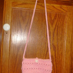 Little Pink Purse by Dly's Hooks and Yarns