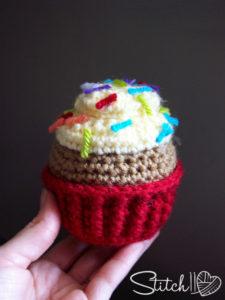 Cupcake by Stitch11