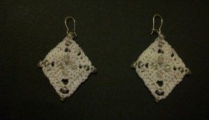 Beaded Diamond Earrings by Candace for Crochet Spot