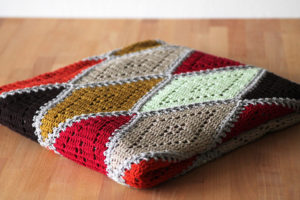 Spicy Diamond Blanket by Haak Maar Raak
