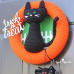 Halloween Black Cat Wreath by Repeat Crafter Me