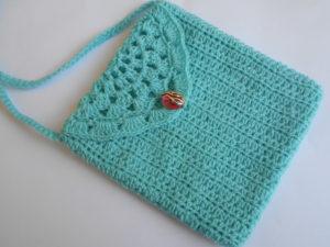 Small Cute Purse by aamragul of Crochet/Crosia Home