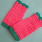 V Stitch Gloves by aamragul of Crochet/Crosia Home