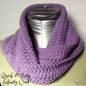 Quick and Easy Infinity Cowl by Rhelena of CrochetN'Crafts