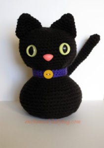 Crochet Halloween Cat by Enchanted-ladybug.com