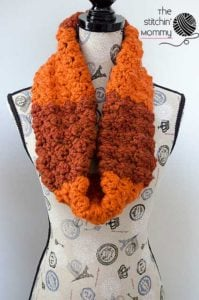 Pumpkin Spice Cowl by The Stitchin' Mommy
