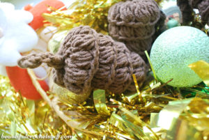 Crochet Pine Cone by Jane Green of Beautiful Crochet Stuff