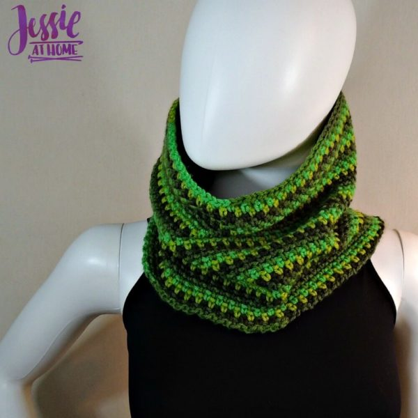 Green Gradient Cowl by Jessie at Home