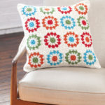 Copenhagen Pillow by Yvonne Eijkenduijn for Red Heart