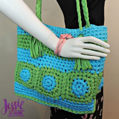Hoooked Tote by Jessie at Home