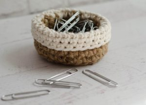 Mini Jute Basket by Crochet 365 Knit Too