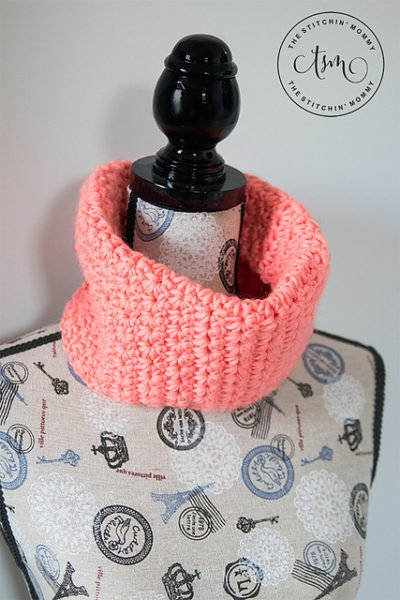 Coral Crush Cowl by The Stitchin' Mommy