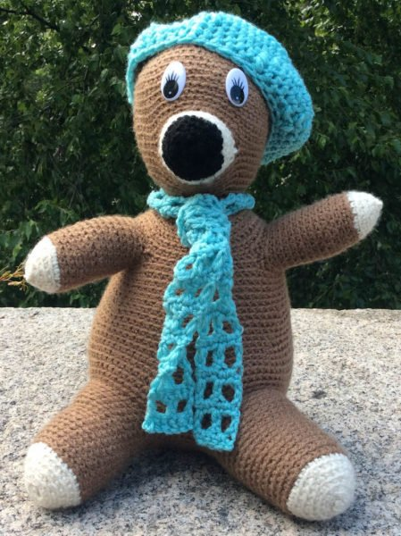 No-Sew Huggable Pal with Beret and Scarf by Marie Segares/Underground Crafter