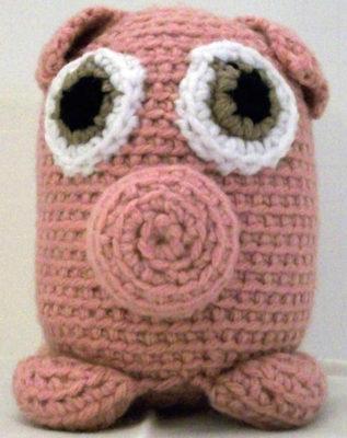 Bette the Piglet by Marie Segares/Underground Crafter