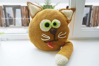 Crochet Cat Pillow Pattern by Jane Green of Beautiful Crochet Stuff