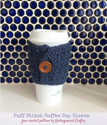 Puff Stitch Coffee Cup Sleeve by Marie Segares/Underground Crafter