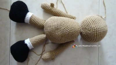 Basic Amigurumi Doll Body by Meladora's Creations