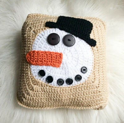 Norman Buttons the Snowman Pillow by Marie/Underground Crafter