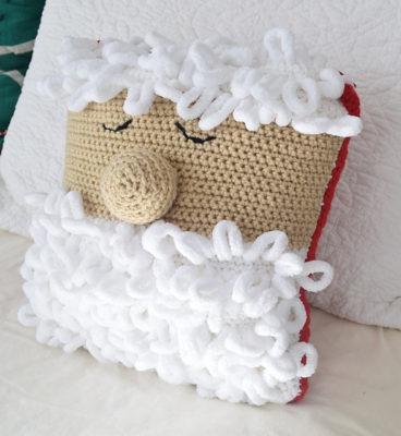 Sleepy Santa Pillow by Marie/Underground Crafter