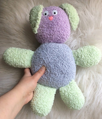 Bouncy Bouclé Bunny by Marie Segares/Underground Crafter