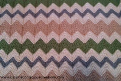 Easy Chevron Blanket by Caitlin's Contagious Creations