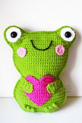 Frog Kawaii Cuddler™ by Donna Beavers - 3amgracedesigns