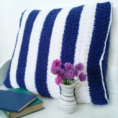 Stars and Stripes Pillow by Crochet Cloudberry