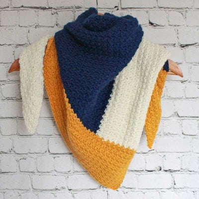 Color-Block the Cold Triangle Scarf by Ned & Mimi for Underground Crafter