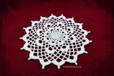 Charming Doily Crochet Pattern by blueraindrops