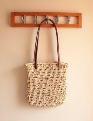 Crochet Raffia Summer Bag by Veronika Cromwell from Blue Star Crochet Company