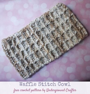 Waffle Stitch Cowl by Marie/Underground Crafter