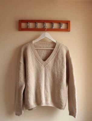 Emsam Pullover by Veronika Cromwell from Blue Star Crochet.