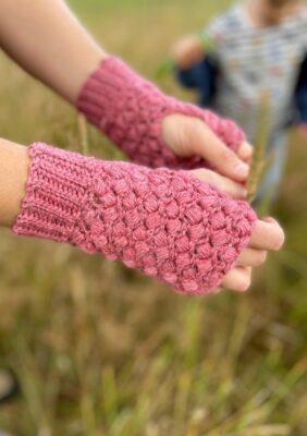 Quick Puff Stitch Crochet Mittens by Hannah Cross from HanJan Crochet