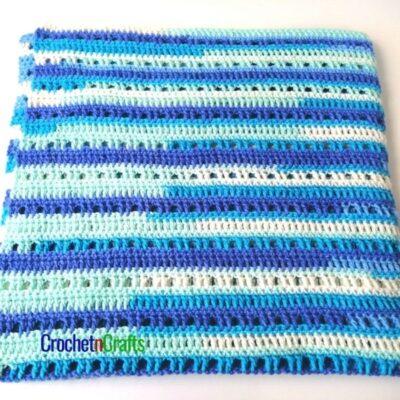 Easy Baby Blanket Crochet Pattern by CrochetnCrafts