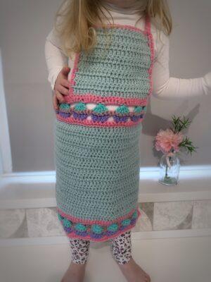 Cupcake Kids Apron by Rose Hudd from Memory Lane Crochet