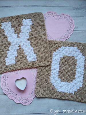"18"" C2C Alphabet Square by Alexandra of EyeLoveKnots"