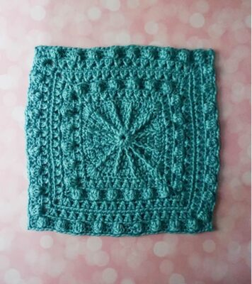 Bobbles and Spokes Square by Marie/Underground Crafter. The afghan square features a beautiful textured design.
